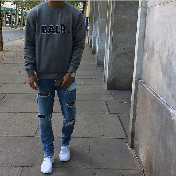 Check out @streetfashion.onpoint  Outfit by @joelcaspar  #mensfashion_guide #mensguide Tag @mensfashion_guide in your pictures for a chance to get featured.