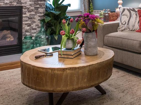 Love Blog Cabin's stump coffee table? Here's how to make your own >> http://www.diynetwork.com/blog-cabin/how-to-build-a-stump-coffee-table/pictures/index.html?soc=pinterestbc14