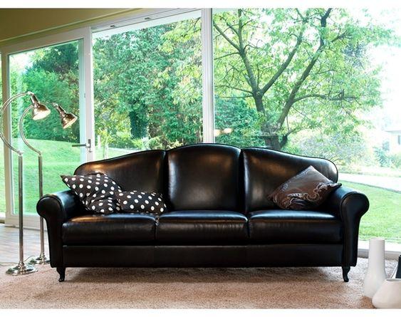 皮張のソファ