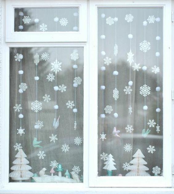 Fensterdeko weihnachten weihnachtlich dekorieren for Fensterdeko winter
