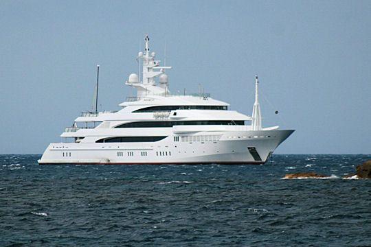 Les yachts des grands patrons  mevi de Lakshmi Mittal