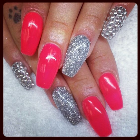 Instagram: @boop711 Squarelettos acrylic nails with hot ...