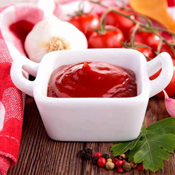 La receta perfecta para una ketchup casera, disfrútala con tus platos favoritos.