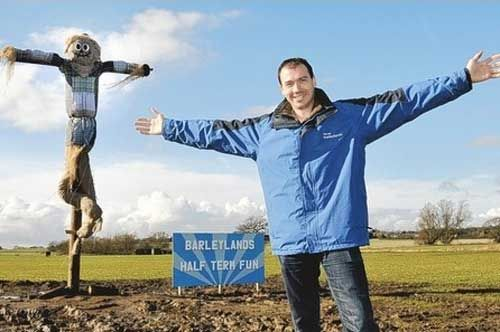 Scarecrow's 'Messianic' pose alarms Christians