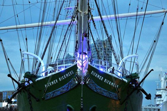 #BluePort #RickmerRickmers #Hamburg #Hafen