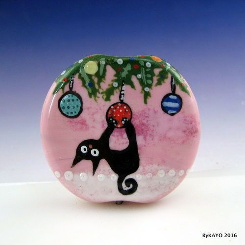 """JUST HANGING AROUND"" byKAYO a Handmade XMAS CAT Lampwork Glass Focal Bead SRA #Lampwork"