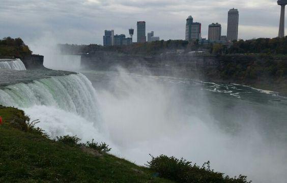 Falls on NY side