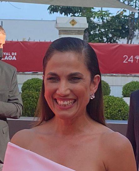 Primer plano de la actriz Toni Acosta