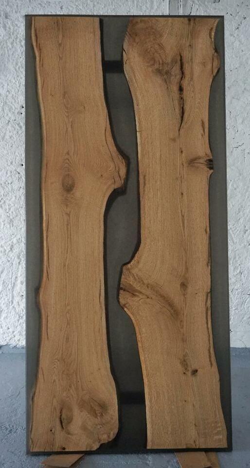 Esstisch aus Eichenholz mit Harz Epoxidharz in Thüringen