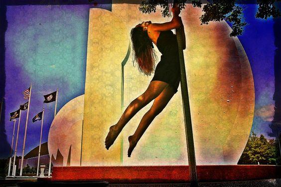 Convention Center #streetpoling ~Krystle Bryn