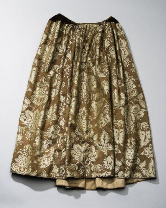 Rok van wollen damast, Zaanstreek, 1700-1800 | Modemuze