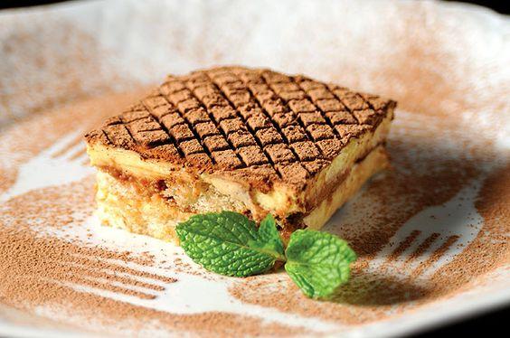 O tradicional tiramisù do restaurante La Madonnina integra o menu especial para o Dia dos Namorados (Foto: Mikio Okamoto / Divulgação)