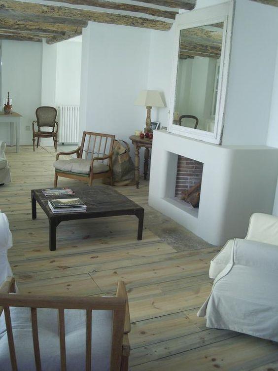 chimenea salón casa de campo