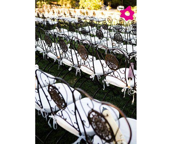 Boda con sillas de forja