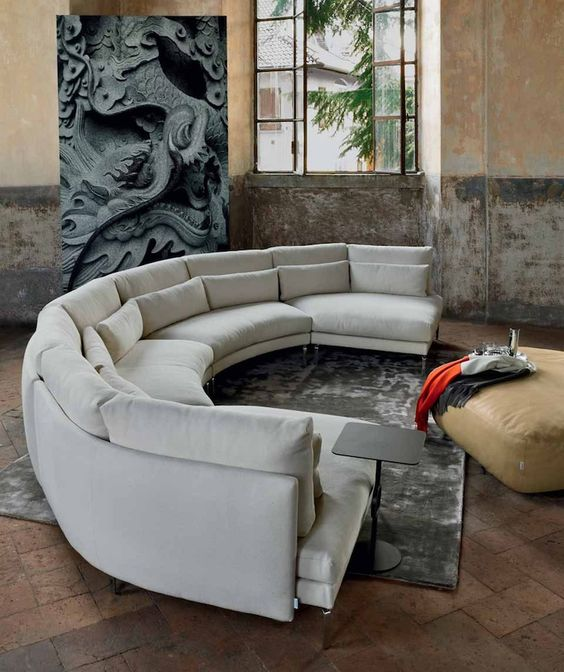 Sofa runde form  How To Find The Perfect Place For Your Curved Sofa Or Sectional ...