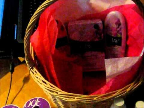 Mother's Day Basket and Gift Card Giveaway! #giveaway #contest #baskets #make #create #howto #tutorial