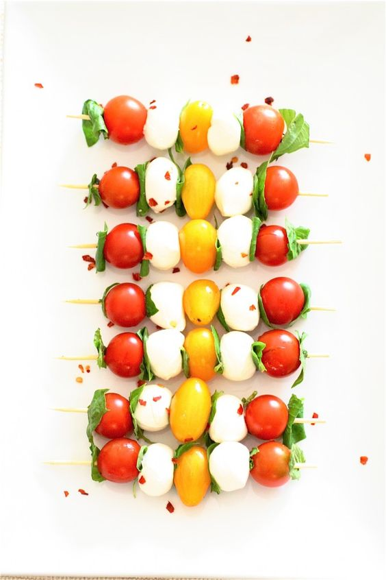 Caprese Skewers | The Curvy Carrot Caprese Skewers | Healthy and Indulgent Meals Dangling in Front of You