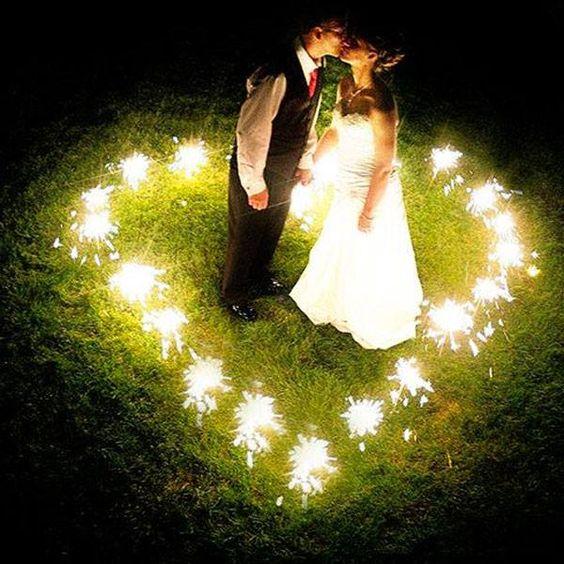 En la noche el amor flota, se transforma y se convierte en ti y en mi, en dos. #ZonaE!
