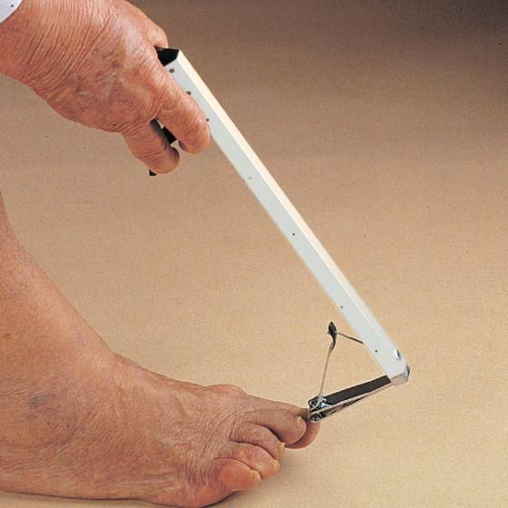 Ableware 2075 Long-Handle Toenail Clippers | Products