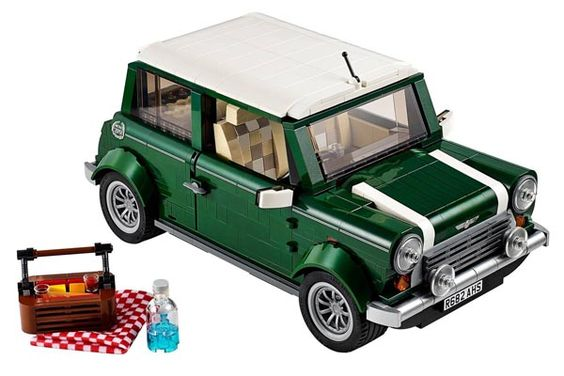 Une Mini Copper Mk VII Lego en approche