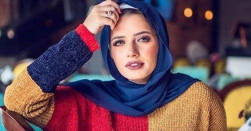 موضة شتاء 2018 للمحجبات في مصر يمكنك وضع خزانة الملابس الخاصة بك مع عناصر ملابس غير رسمية مريحة والتي هي أفضل العناصر في فصل الشتاء Style Hijab Fashion Fashion