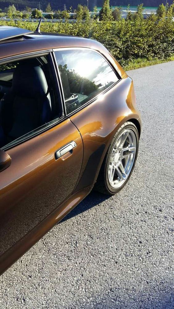 BMW Z3 M Coupe brown