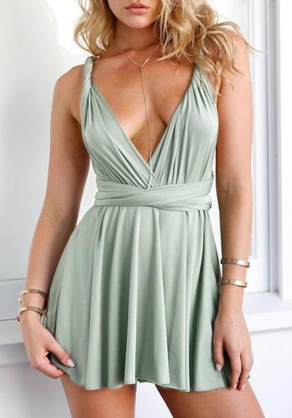 שמלה ירוקה עם מחשוף