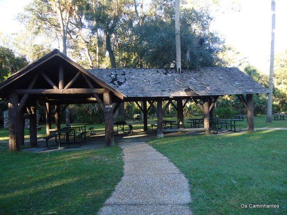 A área do pic nic em Juniper Springs