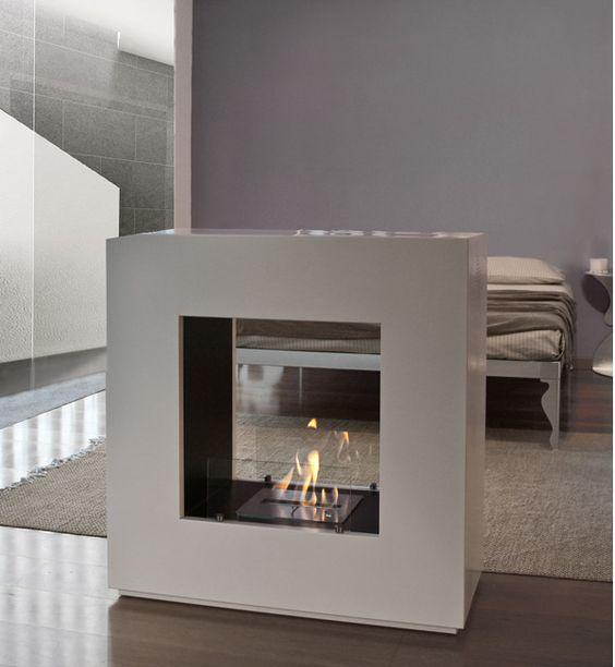 BOHEME - caminetto a bioetanolo #MaisonFire . Stile moderno, semplice ed elegante. Versatile , per qualunque stanza voi vogliate riscaldare quest'inverno con un tocco di classe www.newenergysrls.it