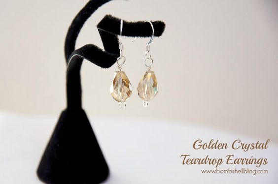 Golden Crystal Teardrop Earrings - A How-To earring tutorial for jewelry beginners!