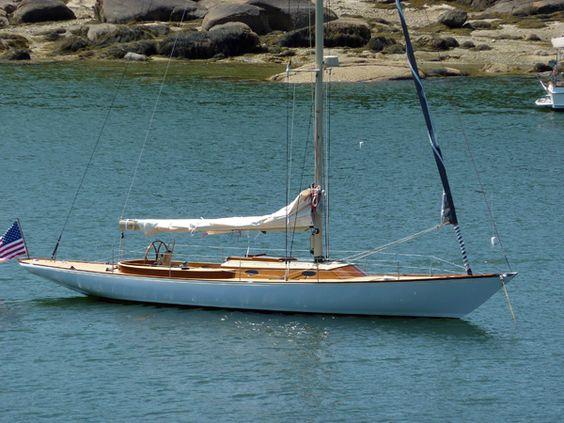 E47 white hull