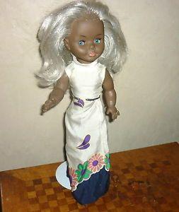 Poupée noire vintage Ella de Bella collant noire yeux bleu mannequin Cathie - eyzin-pinet, Rhône-Alpes, France métropolitaine État :…