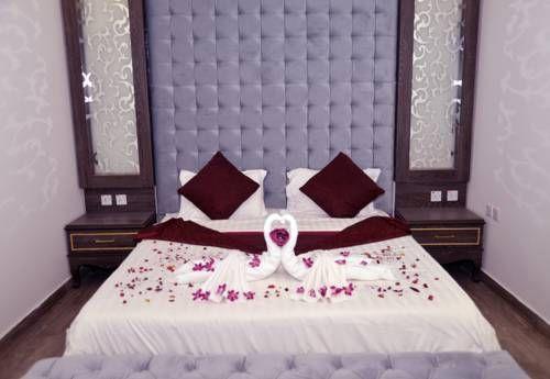 جراند بلازا قرطبة فنادق السعودية شقق فندقية السعودية Furniture Home Decor Decor