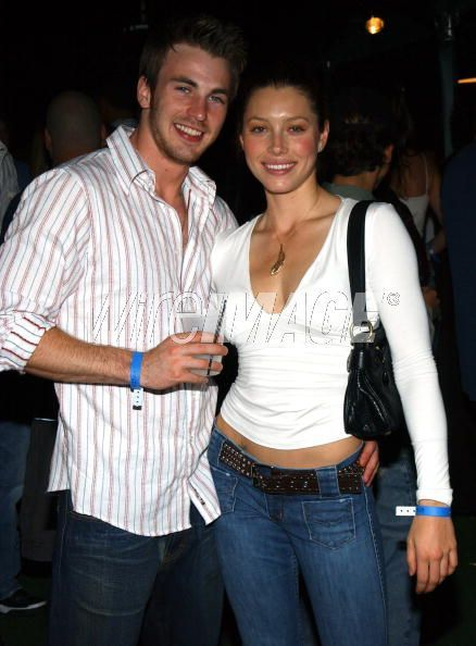 chris evans and jessica biel relationship