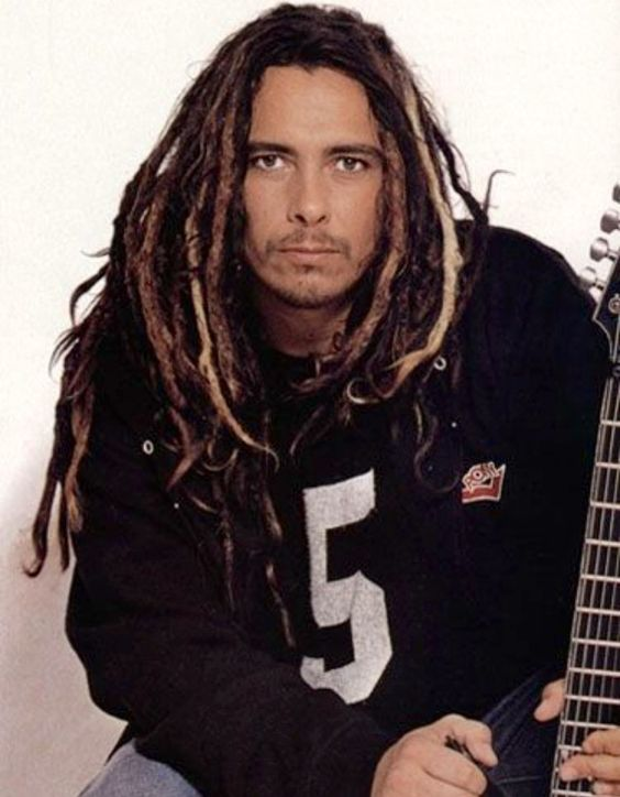 how tall is james shaffer