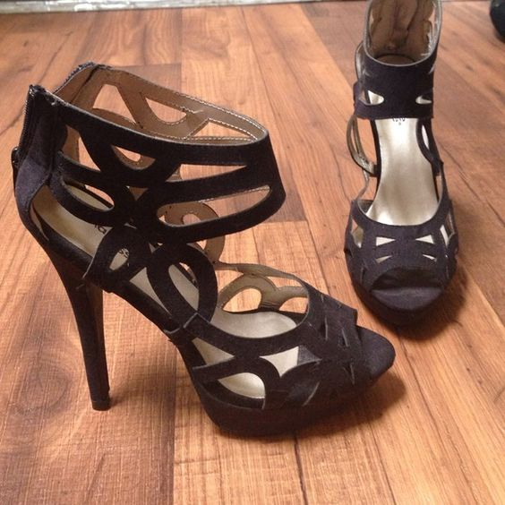 Black cutout heels So classy! Black cut out design heels. I wish these fit me so bad... Charlotte Russe Shoes Heels