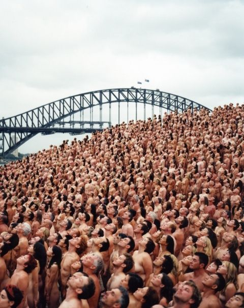 Resultat d'imatges de spencer tunick middle aged people
