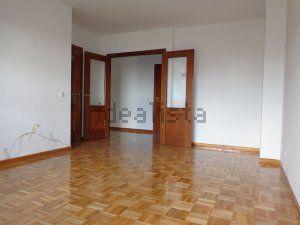 Imagen Salón de piso en calle caleruega, 3