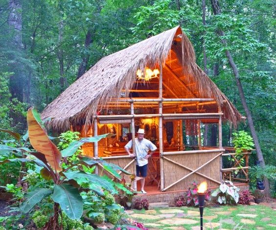 DIY PLANS Tiki Hut Bamboo Bungalow With Tiki Bar By