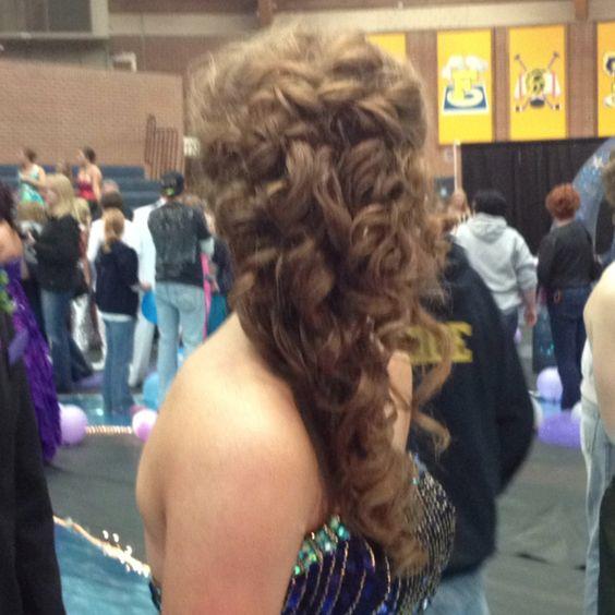 Courtney's hair!