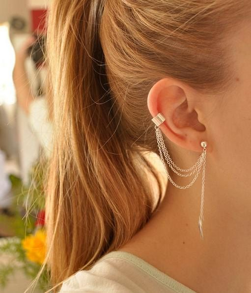 Silver chain and leaf ear cuff