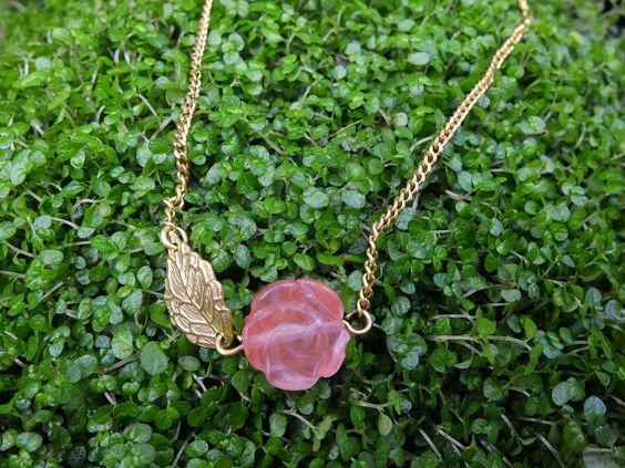 Rose Short necklace - The Secret Garden    #bohemismo #secretgarden