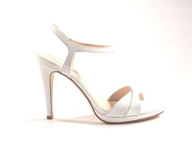 high heel sandal plateau
