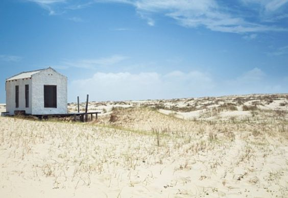 Beach house in uruguay in landscape those who wander for Beach house landscape design