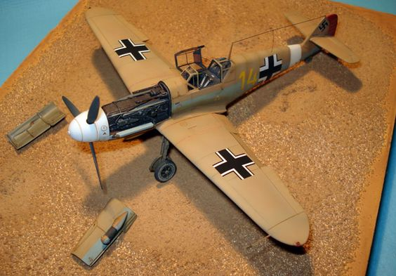Messerschmitt Bf 109 F-4 by Pierre Christian Baudru (Fine Molds 1/72)