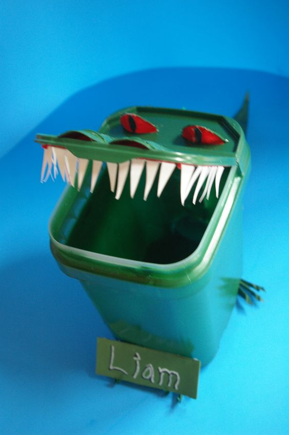 alligator valentine s box pictures to pin on pinterest thepinsta alligator valentine box