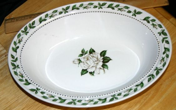 "SUPERIOR HALL CAMEO ROSE Oval Serving 10.5"" BOWL White Green Trim Mary Dunbar"