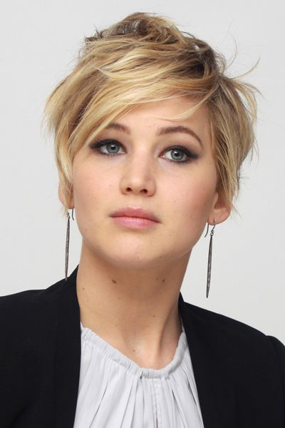 jennifer lawrence short hair: