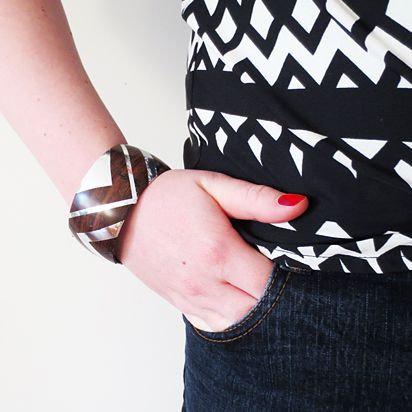 DIY - Wood bracelet with 'silver inlay' | By Wilma