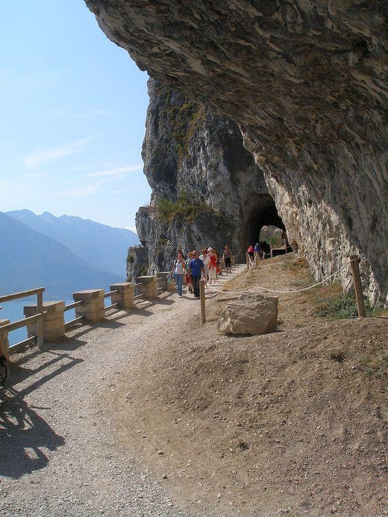 Trentino - Strada del Ponale